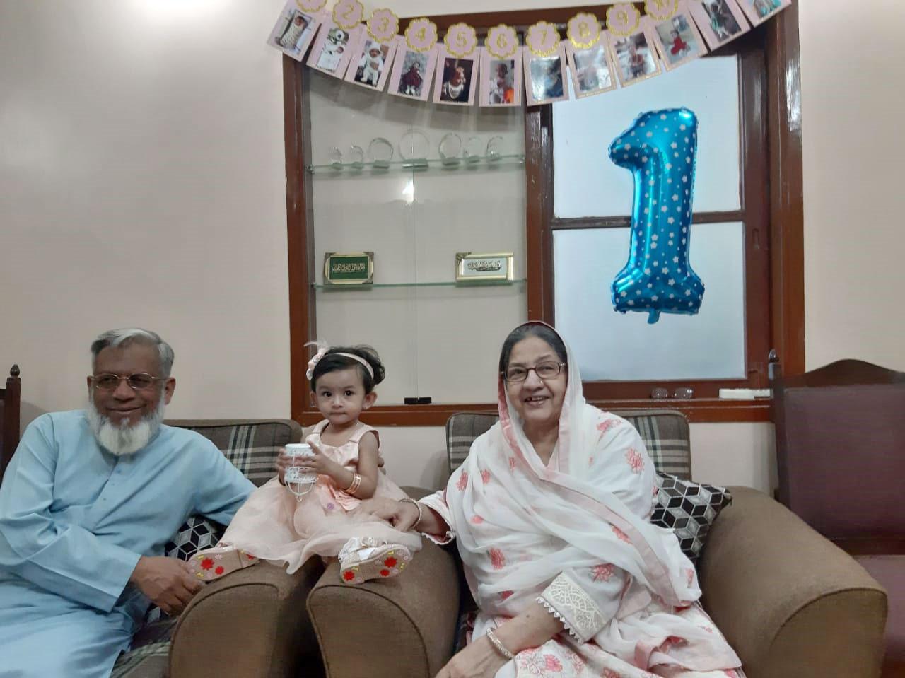 Ayra enjoying with her Baray Dada, Engr. Iqbal A. Khan and Bari Dadi, Zohra Iqbal.
