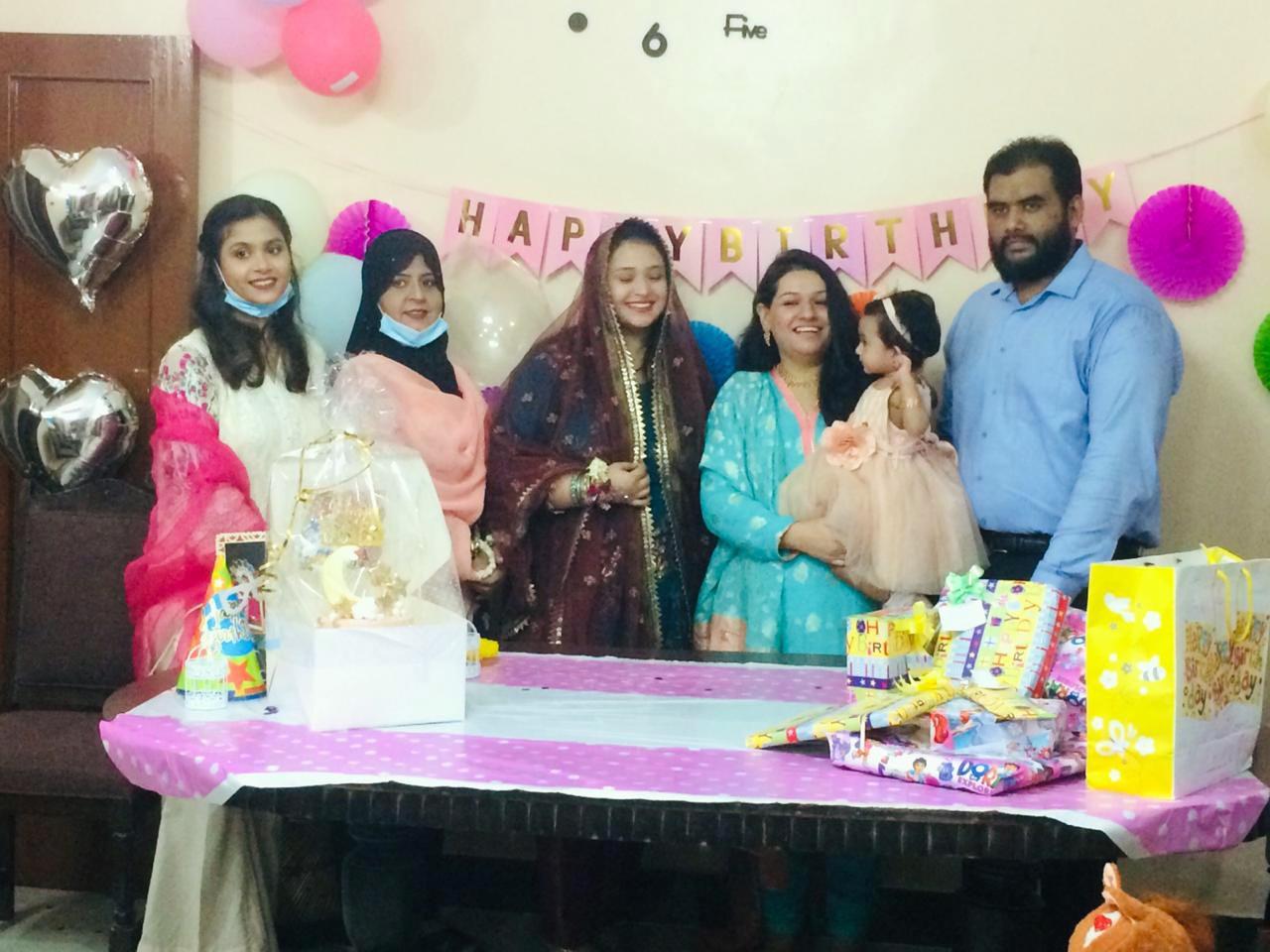 Ayra with Hira Siddiqui, Erum Asif and Samia Khan.