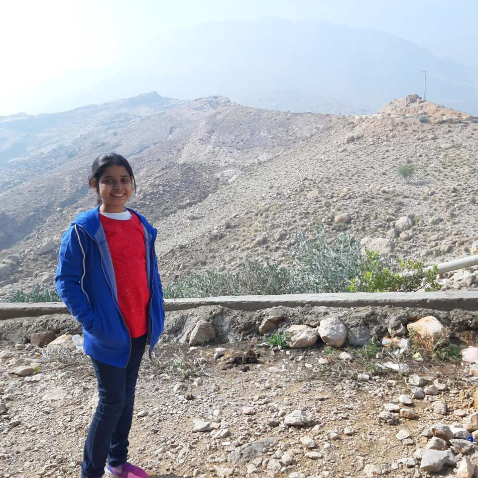 Zara is at Wahi Pandhi while on their way to Gorakh Hills