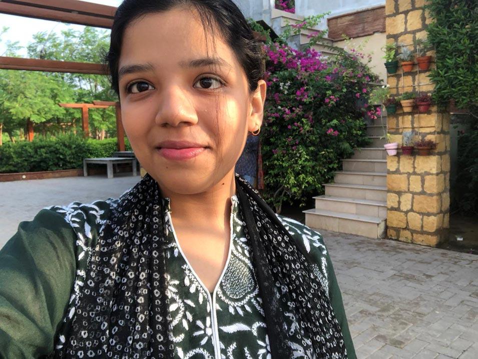 Zoya Imran's sun kissed selfie.