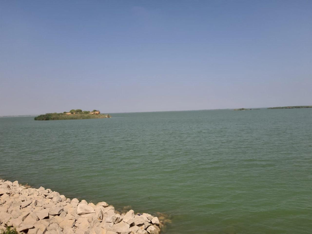 The majestic Keenjhar/Kurly Lake.