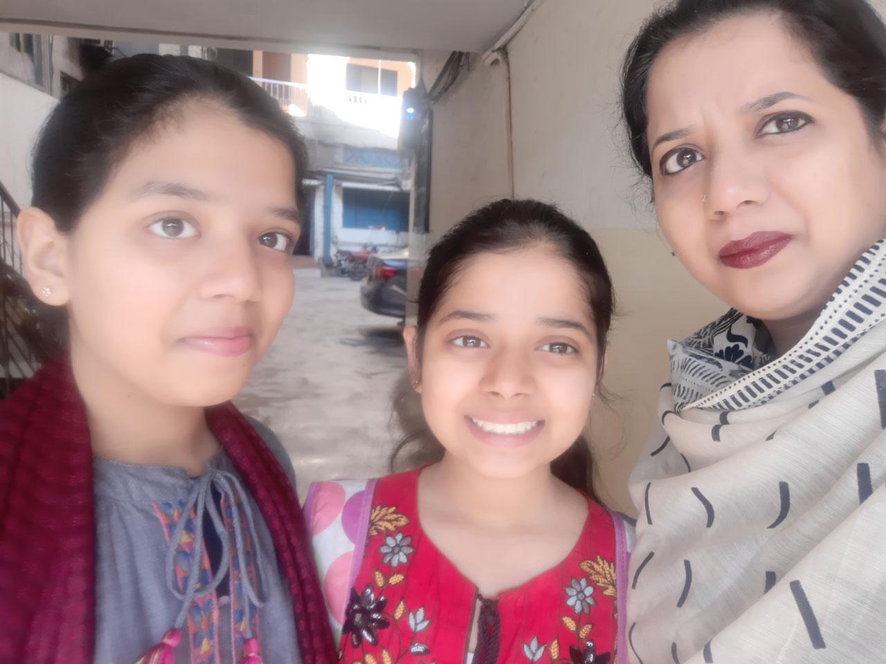 Zoya, Zara and Erum in Clifton Hotel Lahore.