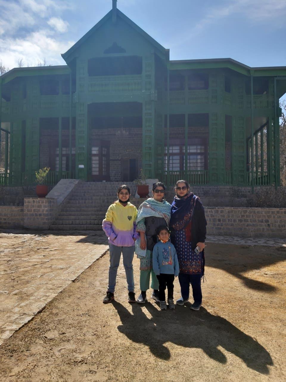 Zara, Farhat, Ayesha and Erum in front of Quaid-e-Azam residency in Ziarat.