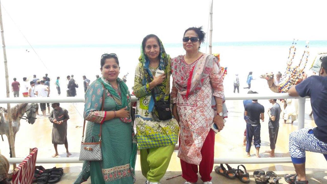 Dr.Kiran A. Rehman, Dr Sadat, Nasreen Arshad