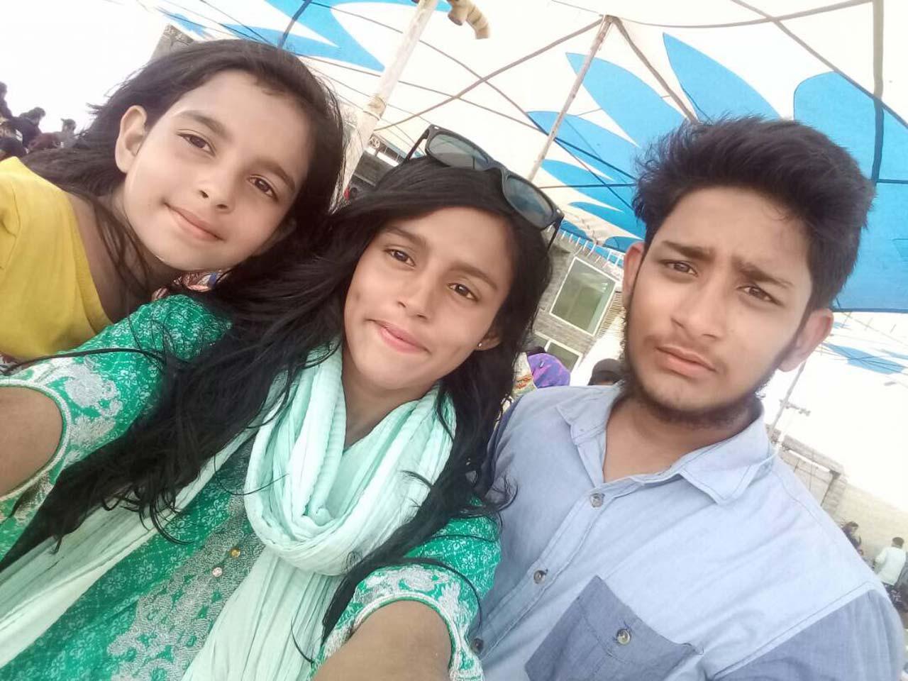 Khula Bari, Haniya Bari and Zubair Bari