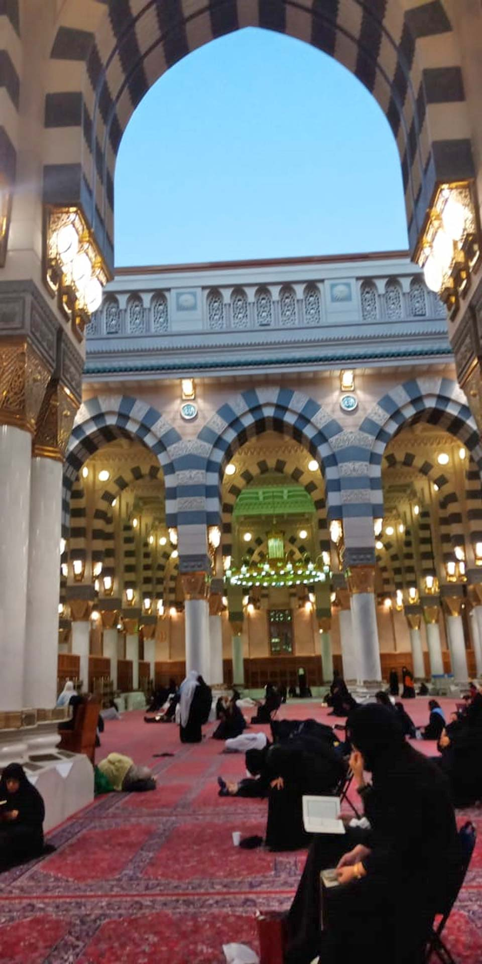 Inside portion of Masjid-e-Nabwi with the top roof open