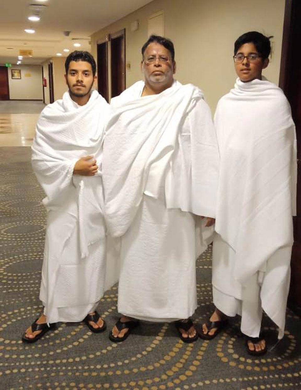 Obaid Ur Rehman, Dr. Ata Ur Rehman and Habib Ur Rehman in Ihram at Meekat
