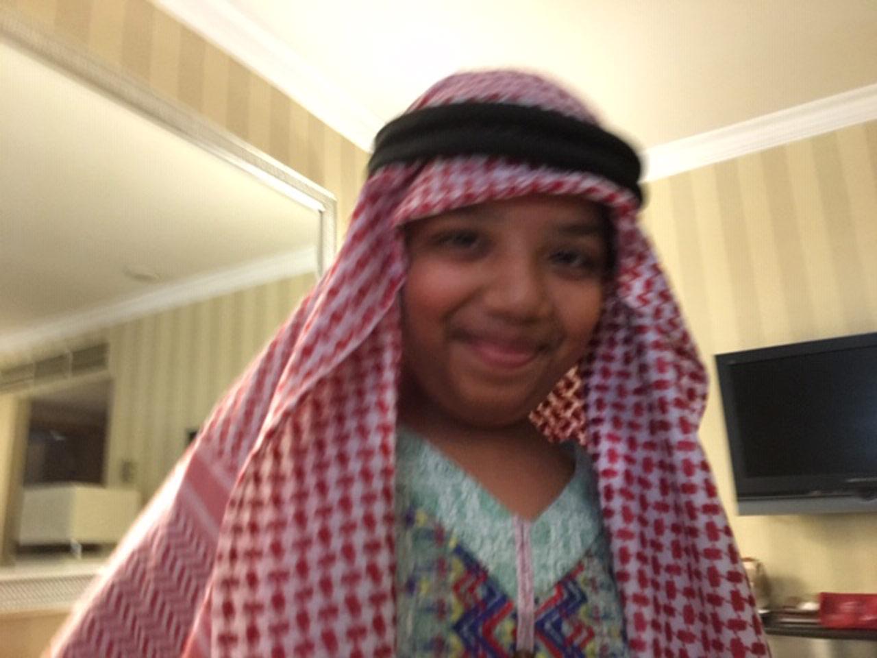 Zoya Imran in Saudi outfit