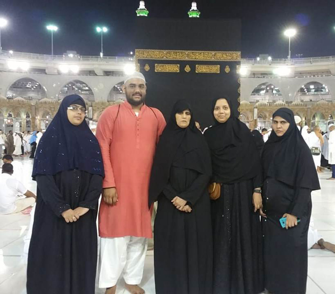 Bushra, Engr. Taha, Rudaba, Erum & Hina after completing their Taw'aaf