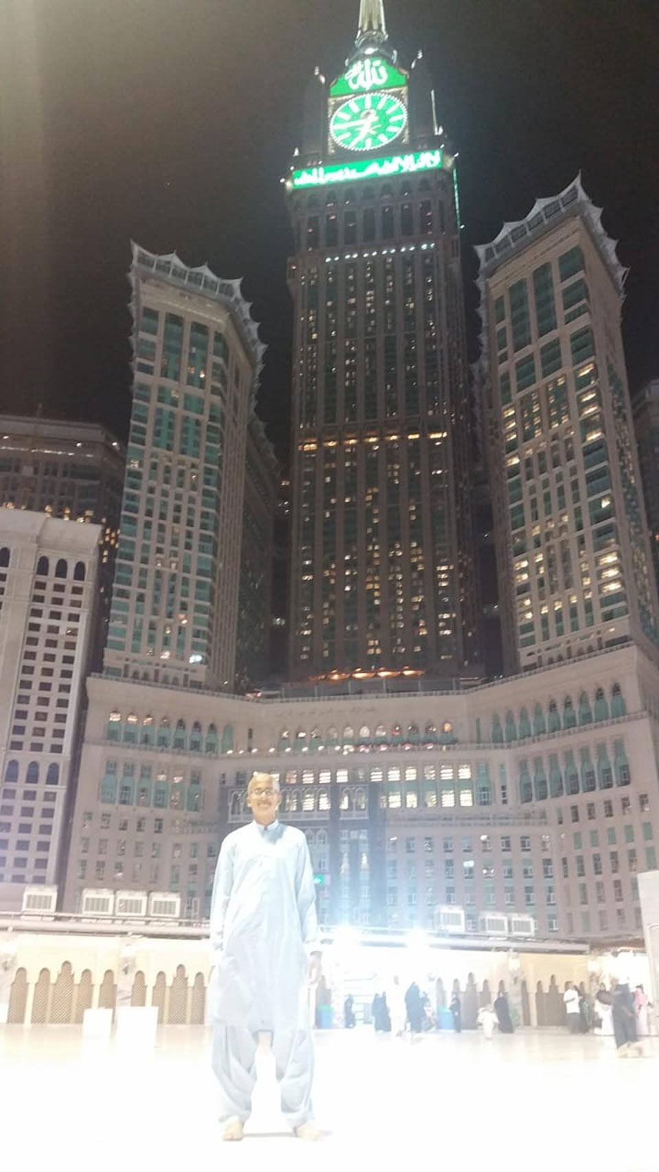 Habib Ur Rehman in front of Clock Tower Makkah