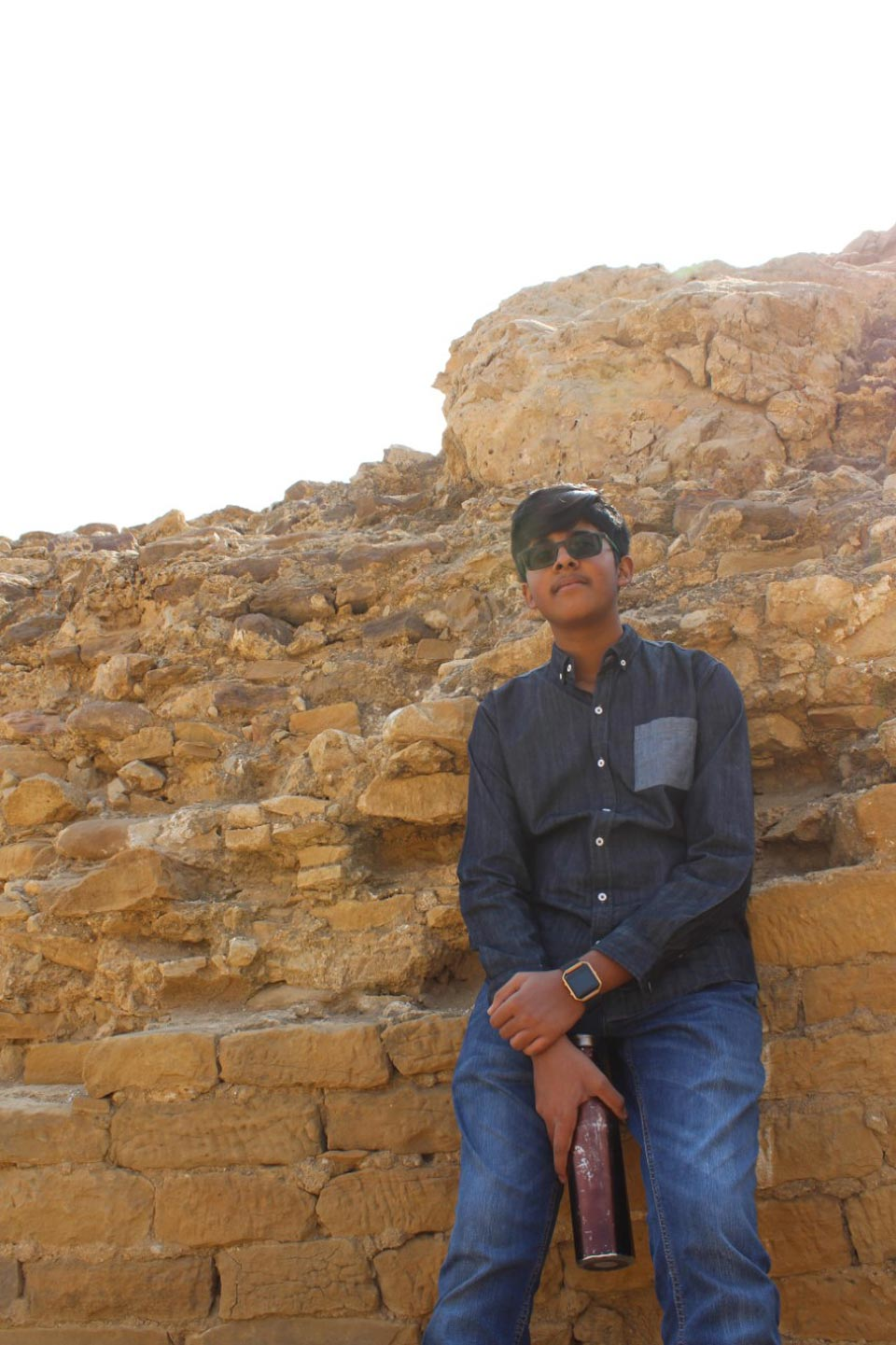 Habib Ur Rehman is relaxing while climbing the great Wall of Sindh @ Rani Kot Fort