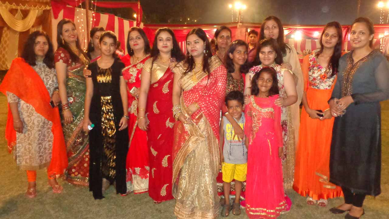 A family group of Mamoon Jan family