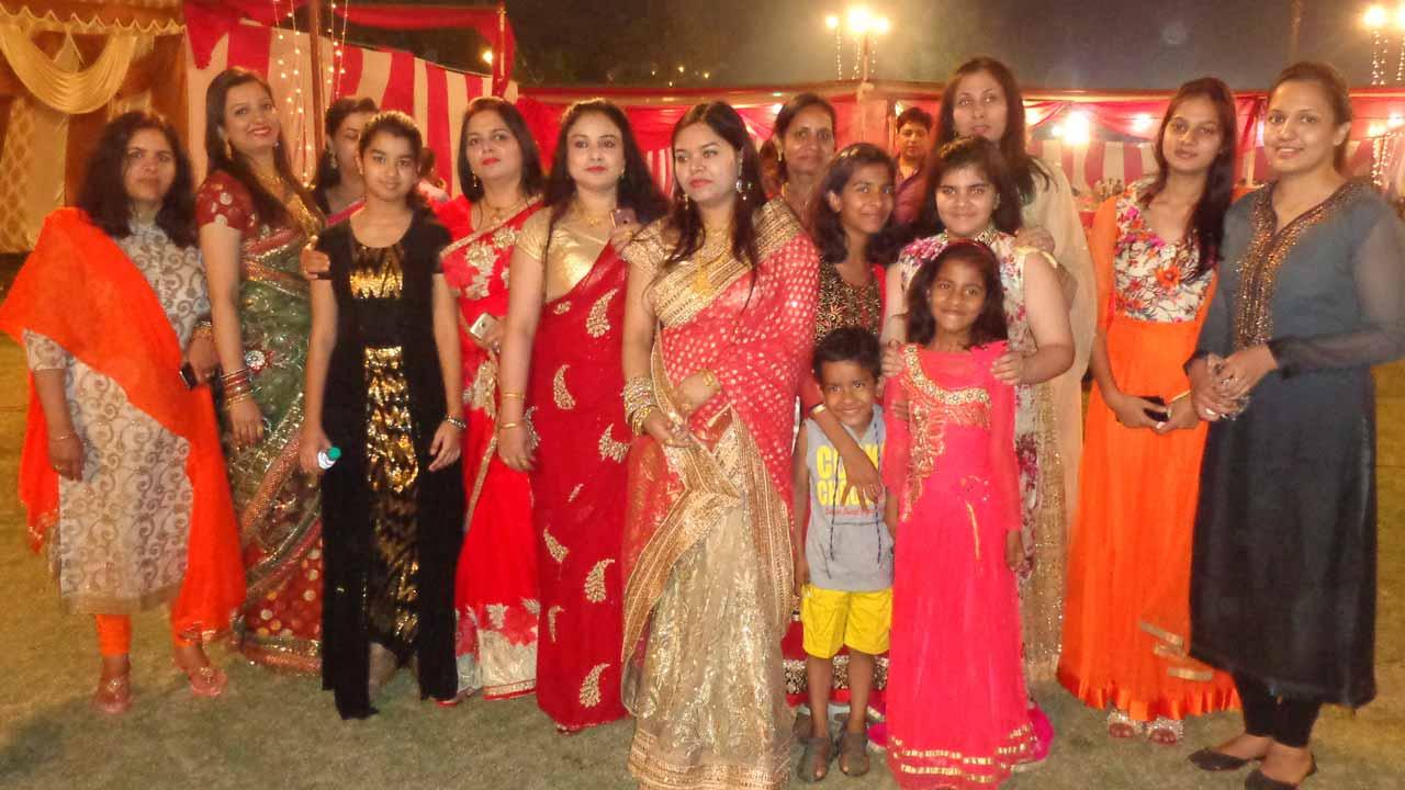 A family group of Mamoon Jan family