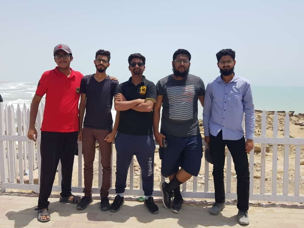 Habib, Ahmed, Usama, Anus and Hamid are on Kund Malir View Point enjoying the nice breeze.