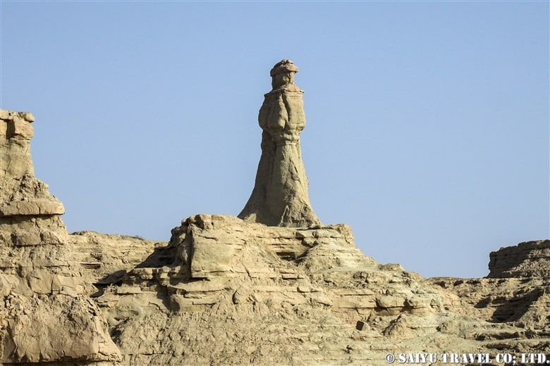 """The beautiful statue of """"Princess of Hope"""" in Hingol National Park."""