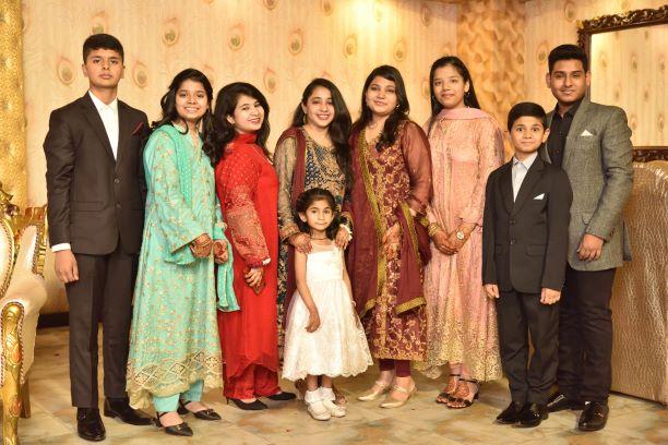 Cousin Gang: Husnain, Zara, Mariyam, Hiba, Fareena, Zoya, Umair, Osaid and Ayesha