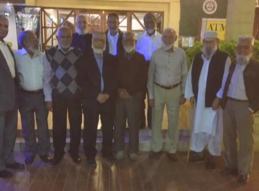 A group of NED69ers with the chief guest Engr. Khalid Iqbal