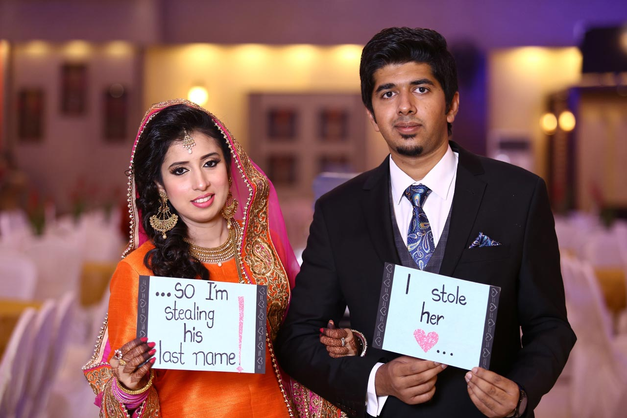 The newly weds with a message for their guests