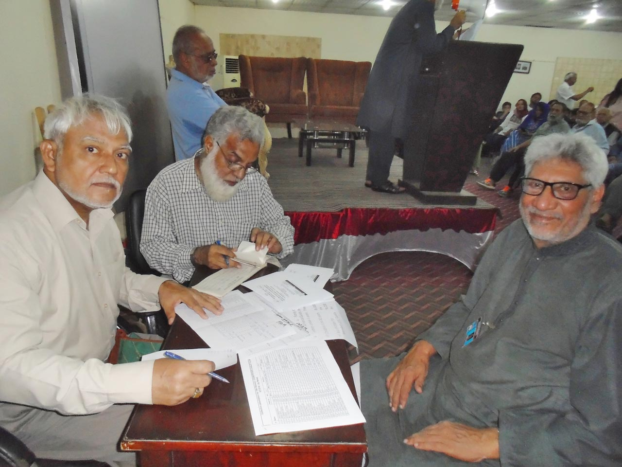 Shabbar Hasan Abidi, Jameel Qureshi and M. Salim Hamid busy on the financial bench of reunion