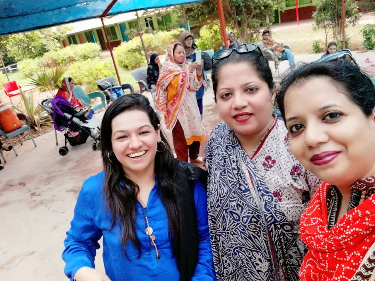 Faryal Khan, Dr. Kiran A. Rehman and Erum Imran enjoying at the swimming pool