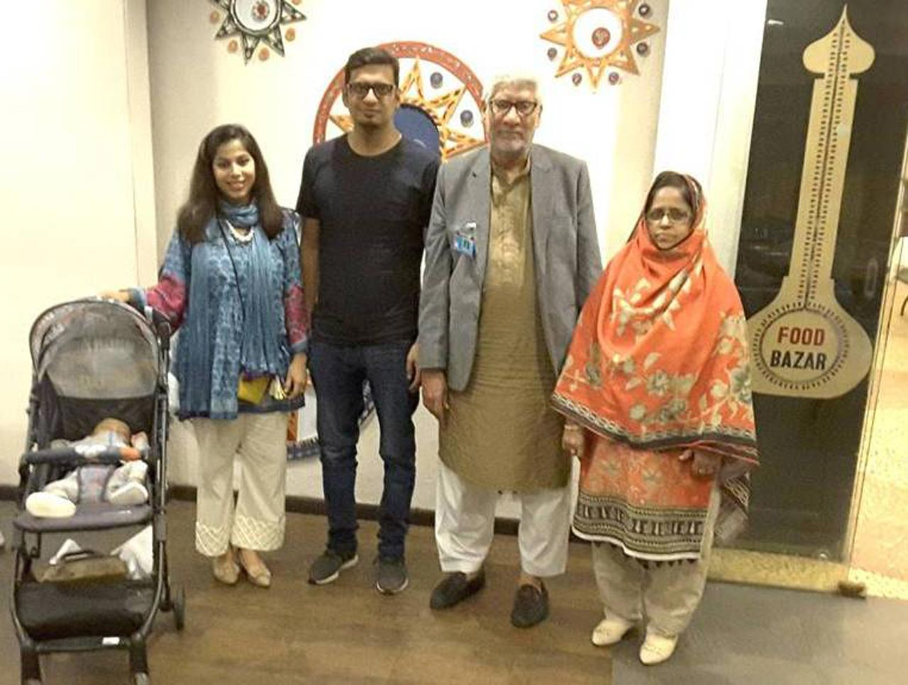 Muhammed Salim Hamid with his family
