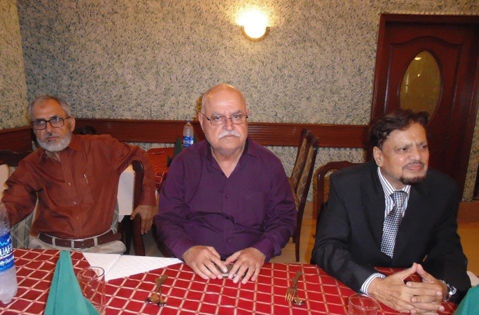L to R: Anwar Saeed Khan, Mahtab Saeed Khan and Mir Hidayatullah