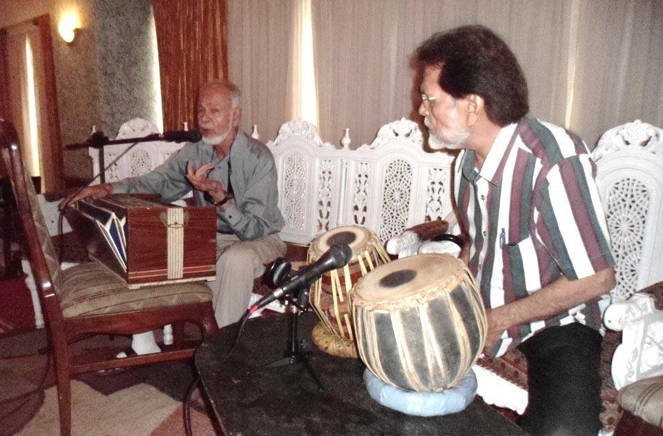 L to R: S. Mahmood Ali and Mehndi Saheb
