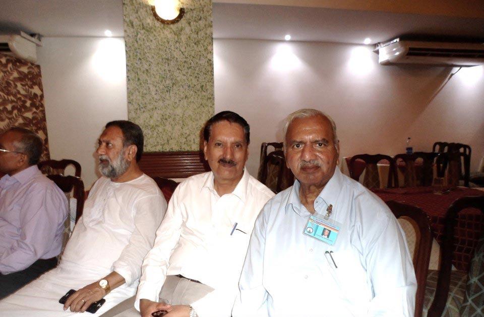 L to R: Dr. Salim Siddiqui, Dr. Maqbool Hussain and Ghulam Qutubuddin Khan