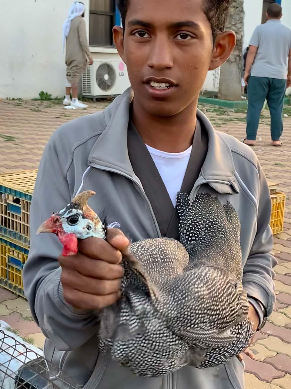 Al Muftaha bird souq. © Mark Lowey.