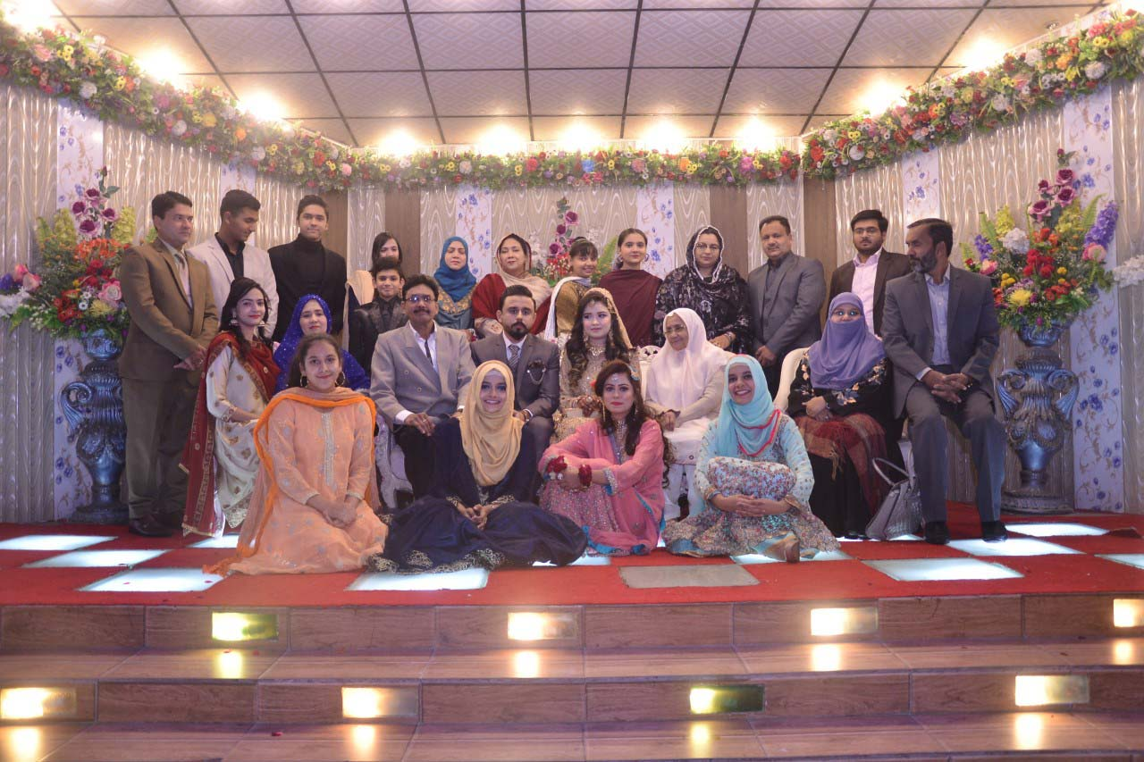 A family group picture at the Valima reception