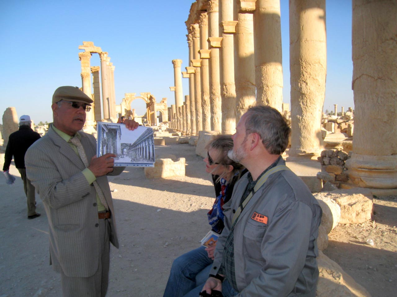 The guide explains how Palmyra looked in its heyday. © Mark Lowey 2021. All rights reserved.