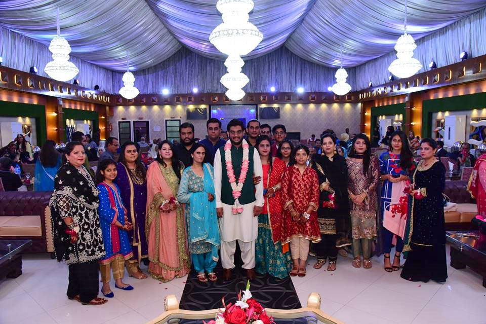 Engr. Taha Khan with all his family members