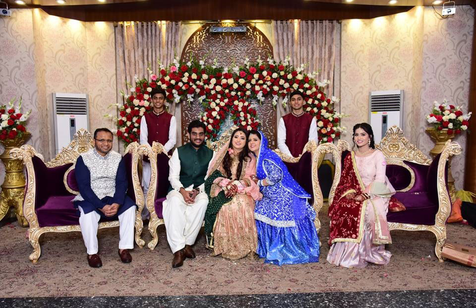 Mr. Asif A. Siddiqui, Engr. Taha A. Khan, Samia Siddiqui, Mrs. Erum Asif, Hira Siddiqui and on the back, Tayyab Siddiqui, Hamza Siddiqui