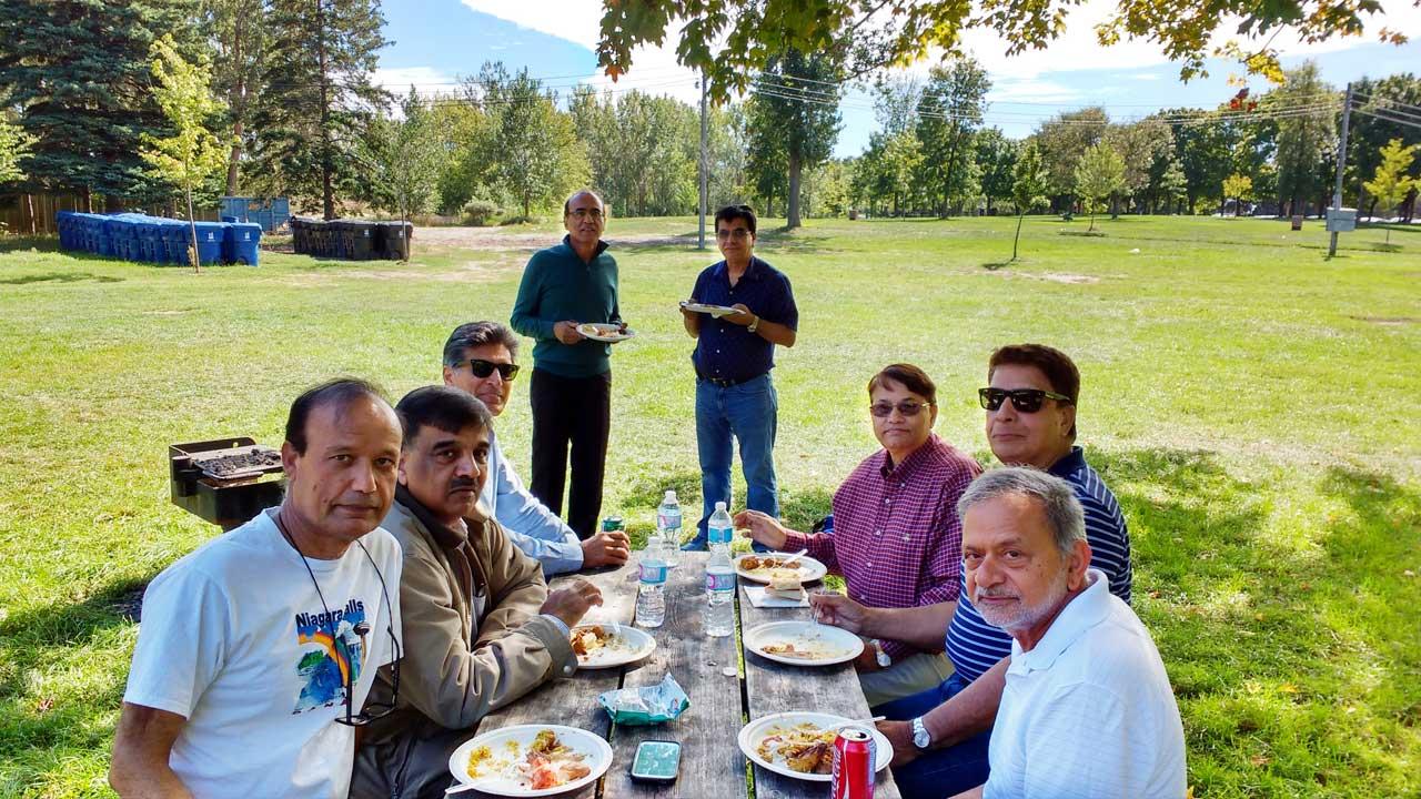 From L to R: Masroor Khan, Mohammed Suboor, Shahid Naeem, Sheikh Yousef, Om Prakash Sharma, SAlman Khan, Asim Kidwai, and Syed Haider