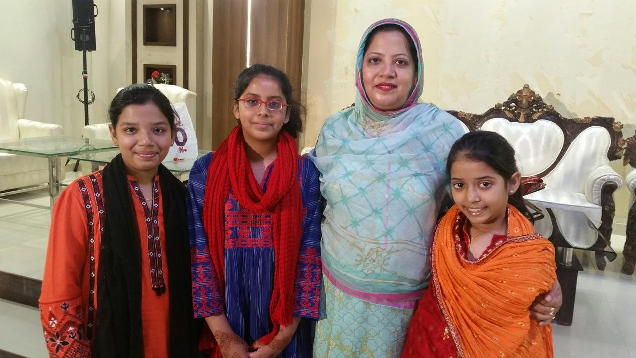 Zoya Imran, Mariam A. Rehman, Dr. Kiran Ata Ur Rehman and Zara Imran