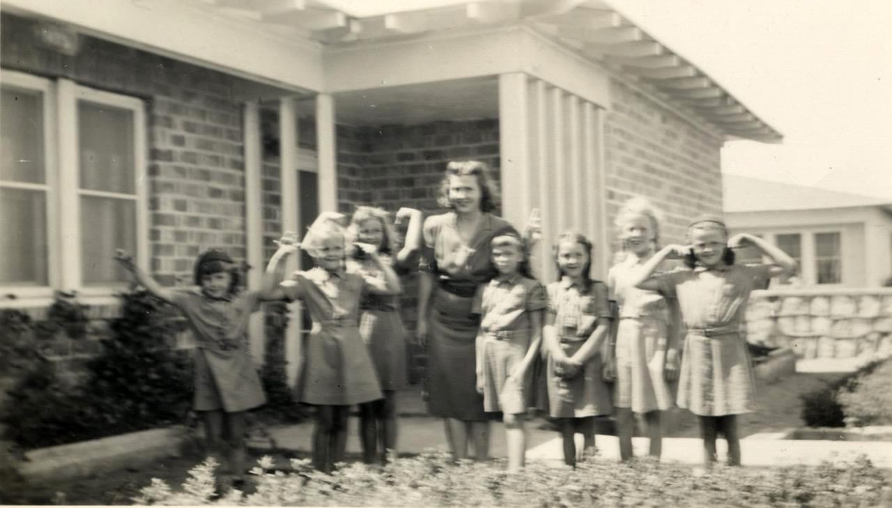 Dhahran Girl Scouts