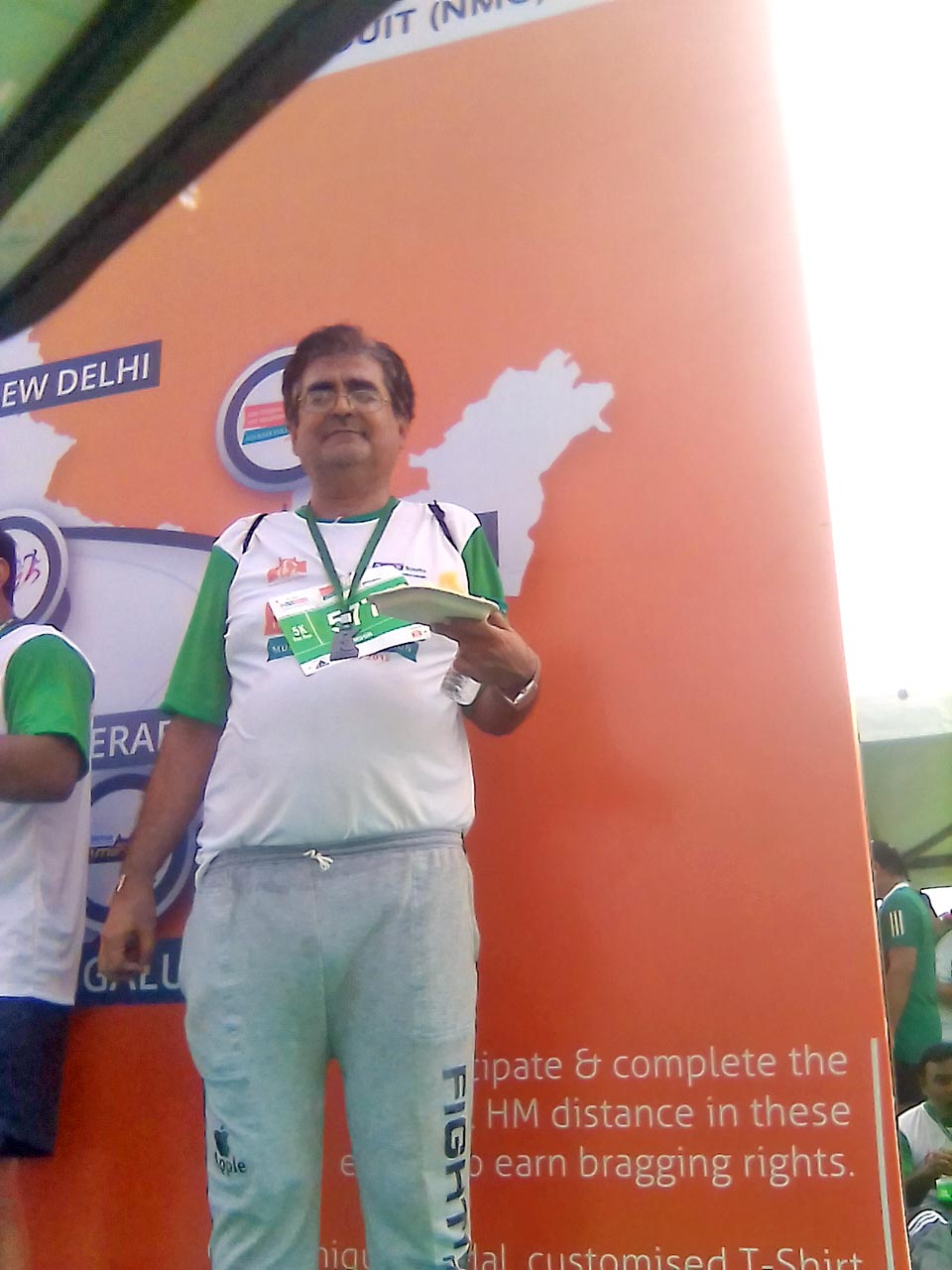 Aramco Brat, Mihir Manek, completes mini IDBI Federal Life Insurance Marathon. Life begins at 40!