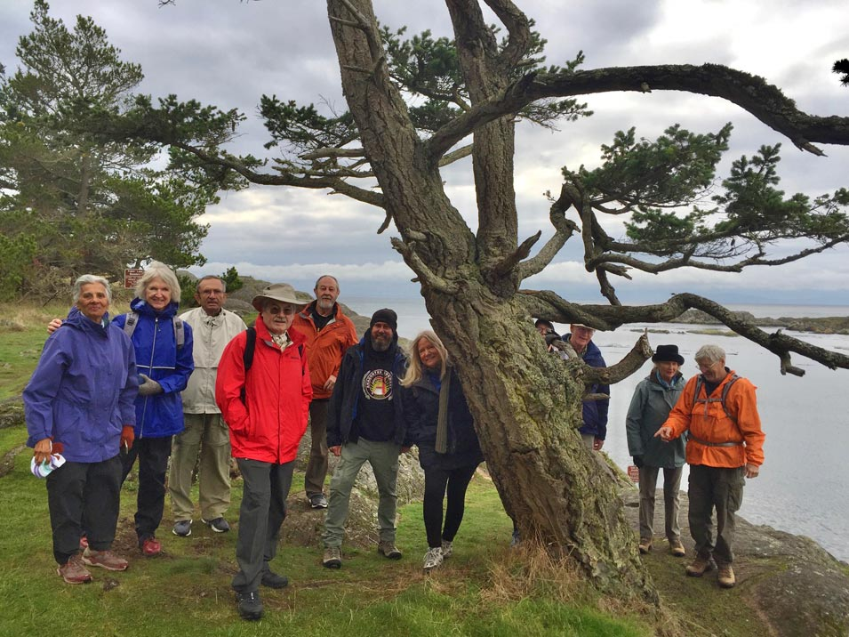 Aramco 'Hikers' Convene in the Pacific Northwest