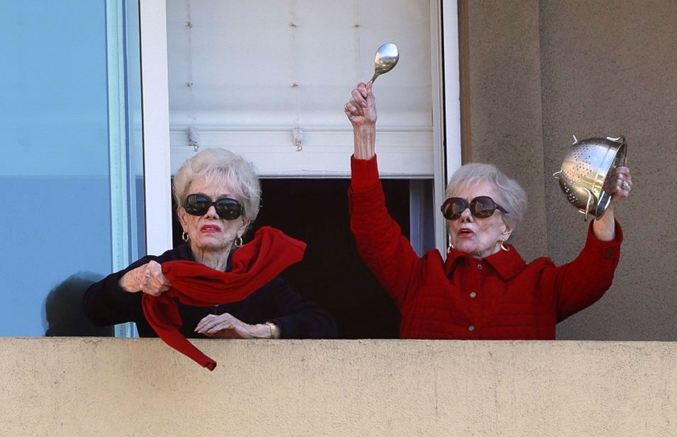Twins, 91, Riding Out Quarantine Together with Daily Pep Rallies