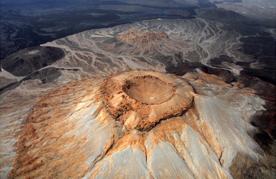 The Seven Natural Wonders of Arabia, Part II: Jabal Abyad