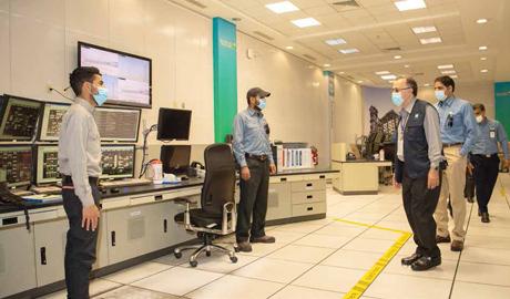 CEO Tours Company Facilities During Ramadan