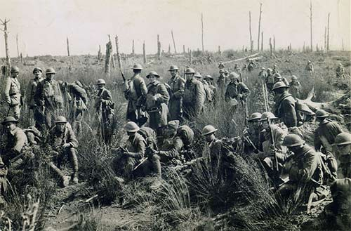 American soldiers regroup in a forest in France - 1918