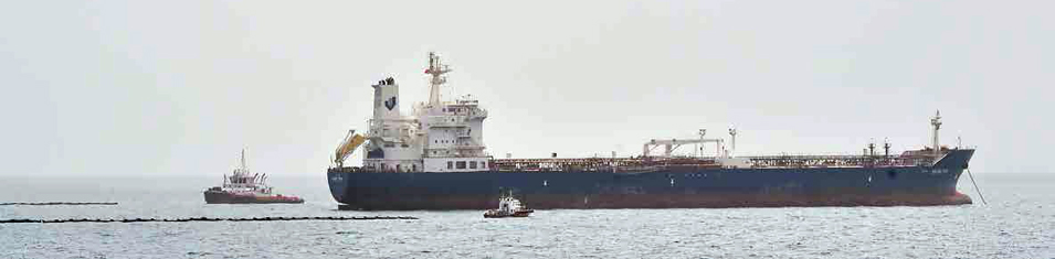 Saudi Aramco Leads Largest Oil Spill Drill Off the Coast of Jazan