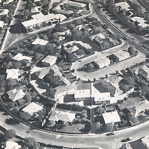 Aerial view of a residential section of Dhahran, 1950s.