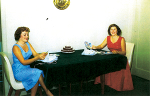 Desda Hale and Colleen Wilson with fancy cake